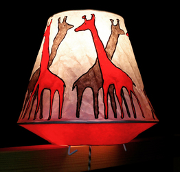 criss cross giraffe lamp