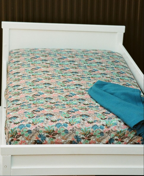 FITTED SHEETS - CRIBS & TODDLER BEDS Fitted Sheet - Botanical