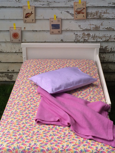 FITTED SHEETS - CRIBS & TODDLER BEDS Fitted Sheet - Rainbow