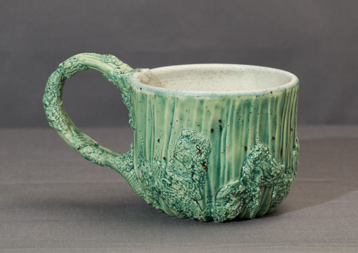 P O T T E R Y Green Speckled Cup