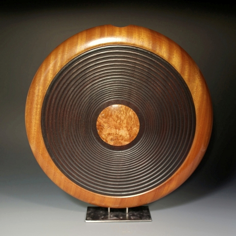 COLLECTION Carved Disc Vase with Figured Acacia Cabochon