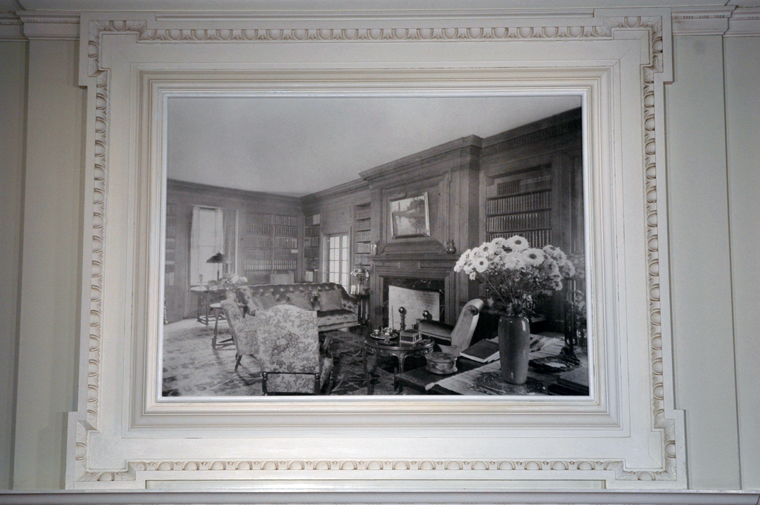 Cristina de Gennaro Memento (If These Walls Could Talk) Historic photograph of the Glyndor Gallery, mounted on board.