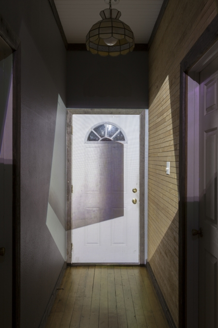 Cybele Lyle, Photo projection onto front door
