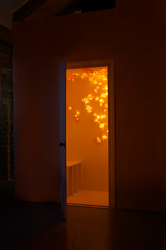 YELLOW LIGHT ROOM / TOW PACKAGE / SCULPTURE 2014 Plywood, Glass, Light.