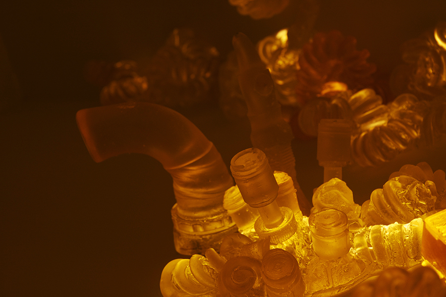 YELLOW LIGHT ROOM / TOW PACKAGE / SCULPTURE 2013