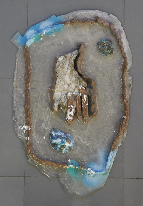 Elisa Soliven / Cement, resin, porcelain, clay, acrylic paint, and aluminum leaf.