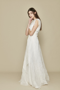 A LA ROBE Bridal Look Book