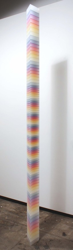 sculpture spectral column triangular