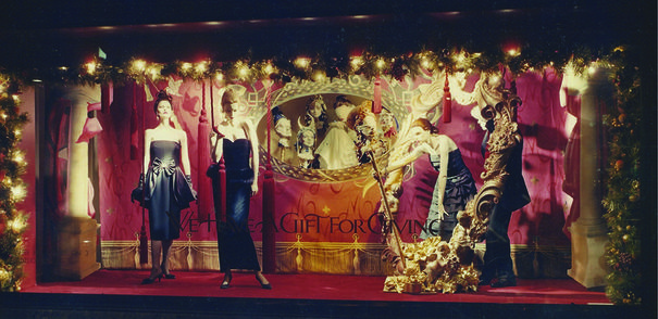 Pierson + DeCesare RETAIL DESIGN Christmas Windows