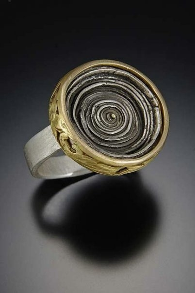 Imogen Gallery Tai Vautier 22kt gold & sterling silver