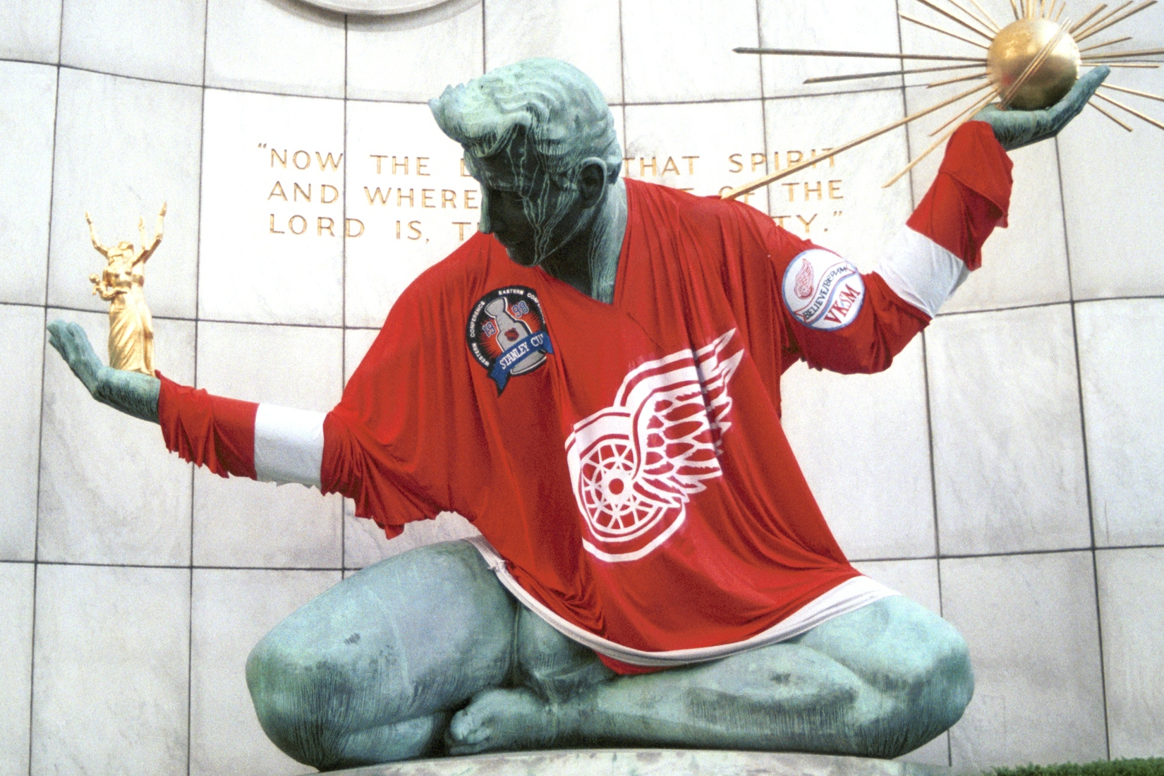 Detroit Sports Spirit of Detroit - Red Wings 1998 Stanley Cup Champions