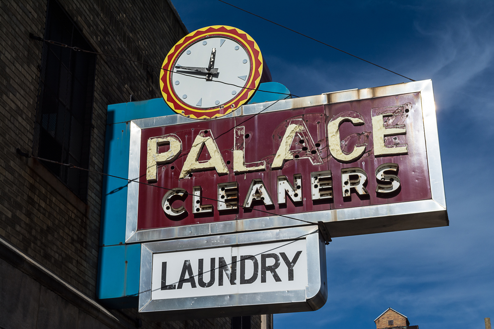 Neon Palace Cleaners