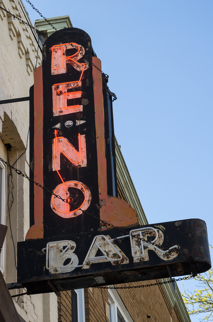Neon Reno Bar No. 2