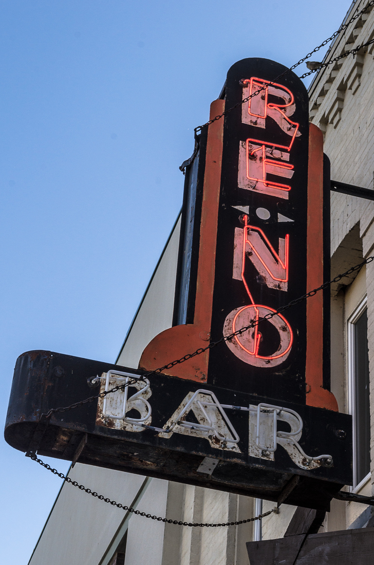 Neon Reno Bar No. 1