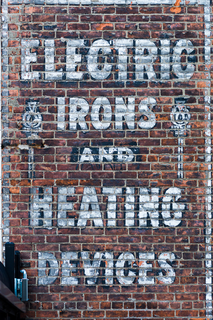 Signs Electric Irons!
