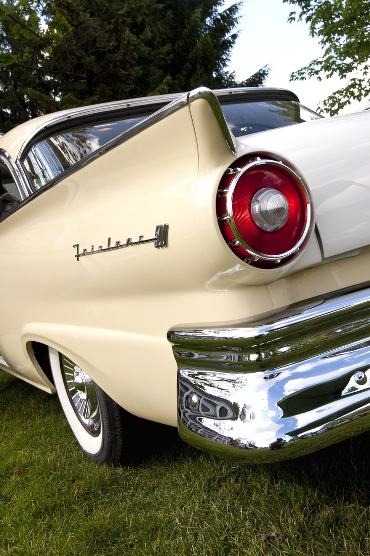 Automotive 1957 Ford Fairlane 500