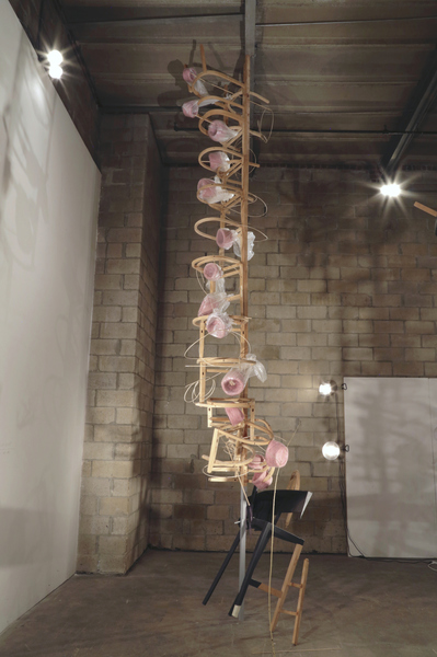 Jen Durbin 90 moves in nine seconds (Jackie) -  ARTFORUM Best of 2017