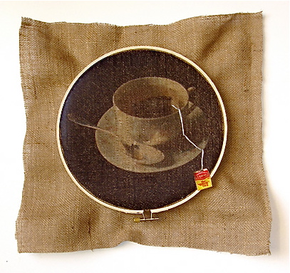 STRINGS ATTACHED  Teabag