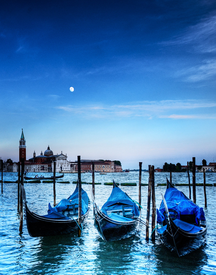 Landscapes Gallery The Blue Heart of Venice  ©