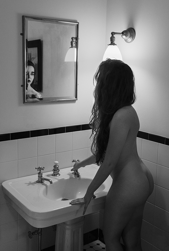Nude Studies Evyenia at her Bath 4  ©