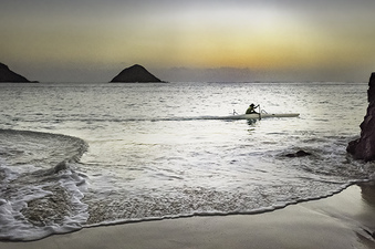 Predawn Paddle at Lanikai  ©