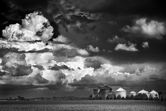 Gathering Thunderhead over the Prairie:  Springfield, IL  ©
