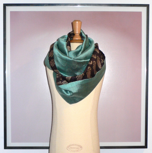 past collections-scarves  le loop lac argente'