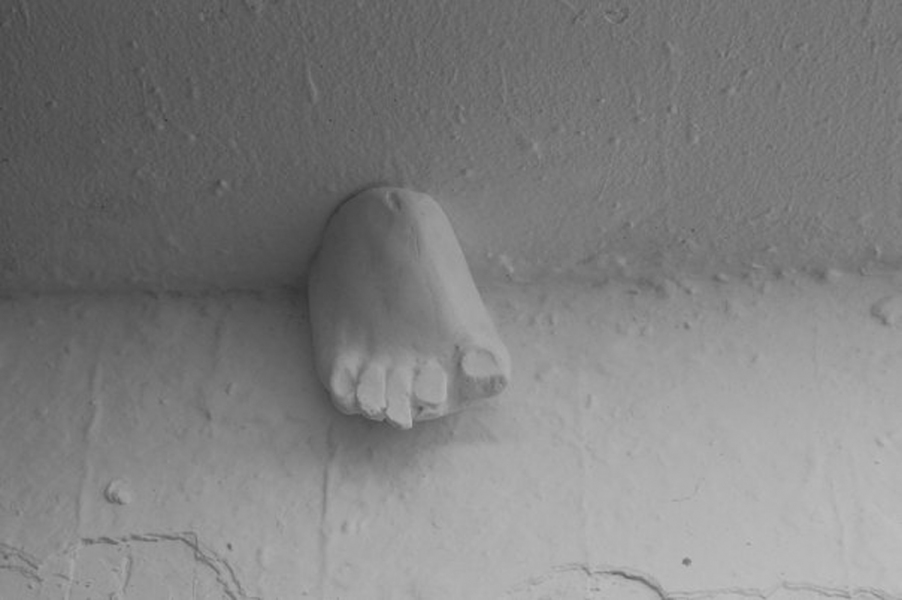 Fragments (small sculpture) Tease (for a person with a foot fetish)