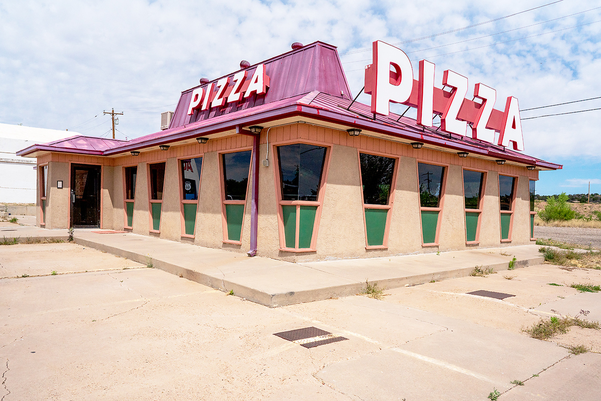 The Architecture of Nowhere (ongoing) Pizza, Santa Rosa, New Mexico 2018