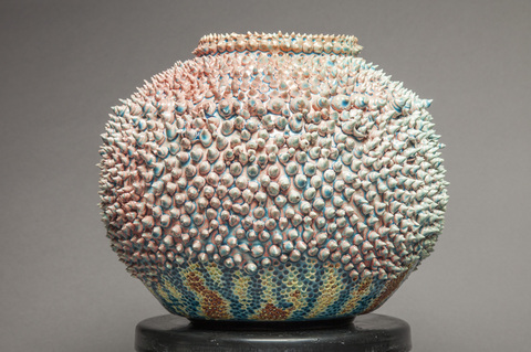Raku and Luster ware De Rien/Durian, view 2