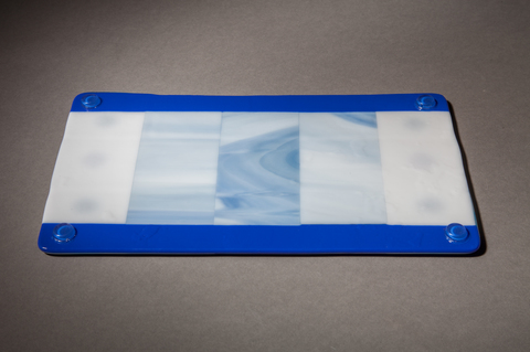Glass Ware Blue and white patterned flat fused glass serving tray for desserts, snacks, cheese, detail