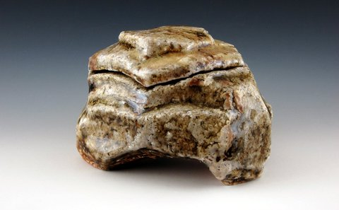 LUCIEN KOONCE ceramics Kogo : Incense Boxes Wood fired Stoneware