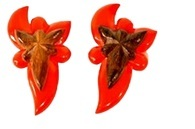 MAXWELL'S 9.13.34 Brooches 1 pair avail.