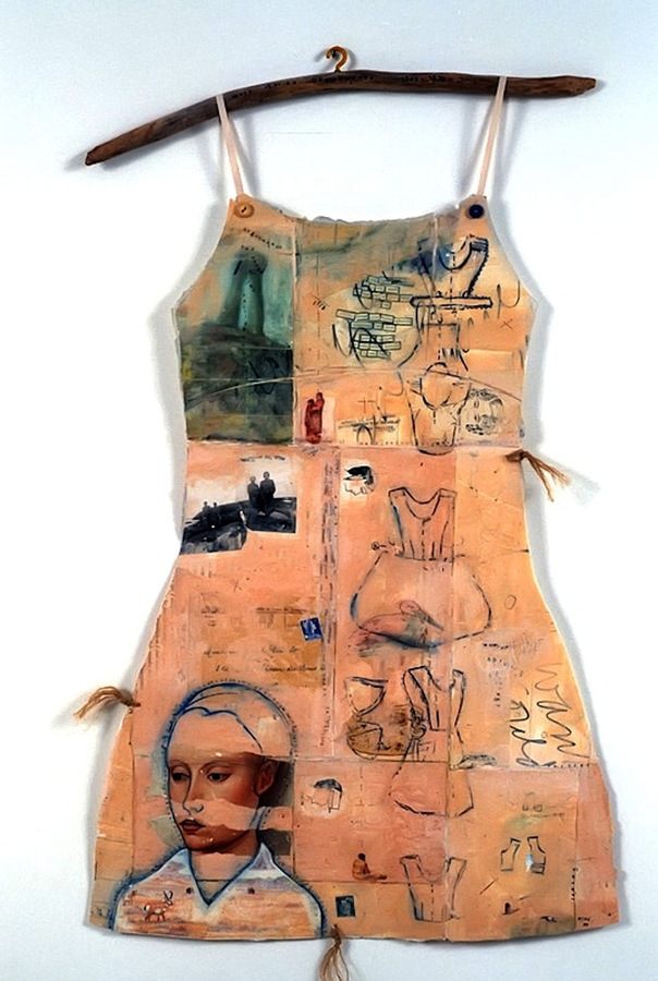 PAPER DRESSES: Women's Narratives Deghawanus:The Sound of Two Voices Falling