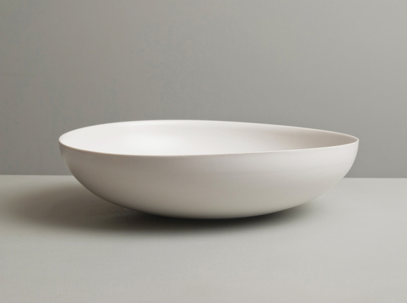 2011 Large low floating bowl in ivory-white glazes