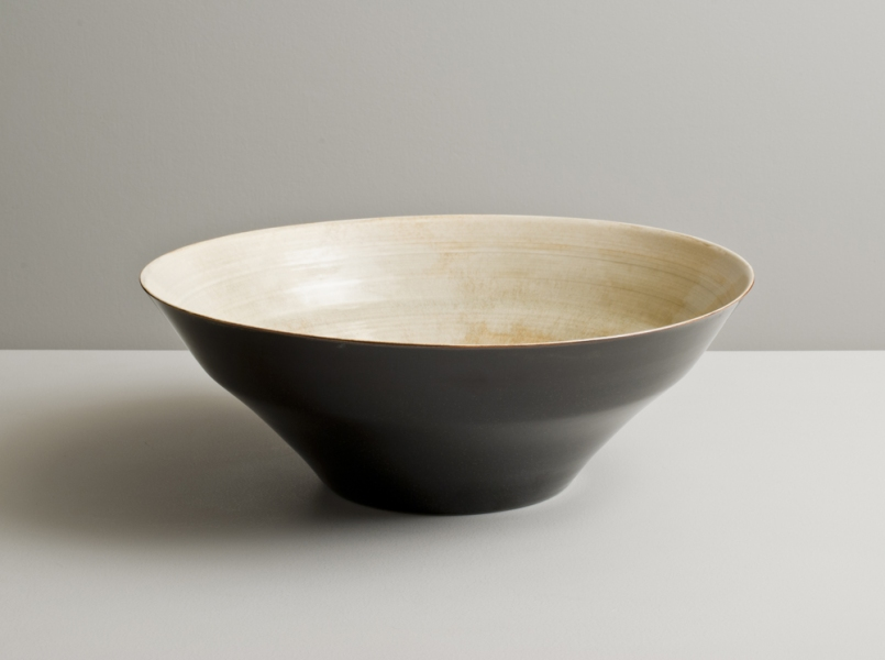 2012 Large stepped bowl in variegated ivory-green and speckled-black glazes