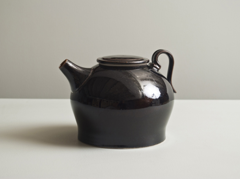 2011 Ewer in amber and mirror-black glazes