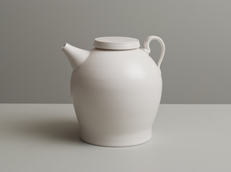 2011 Ewer in ivory-white glaze
