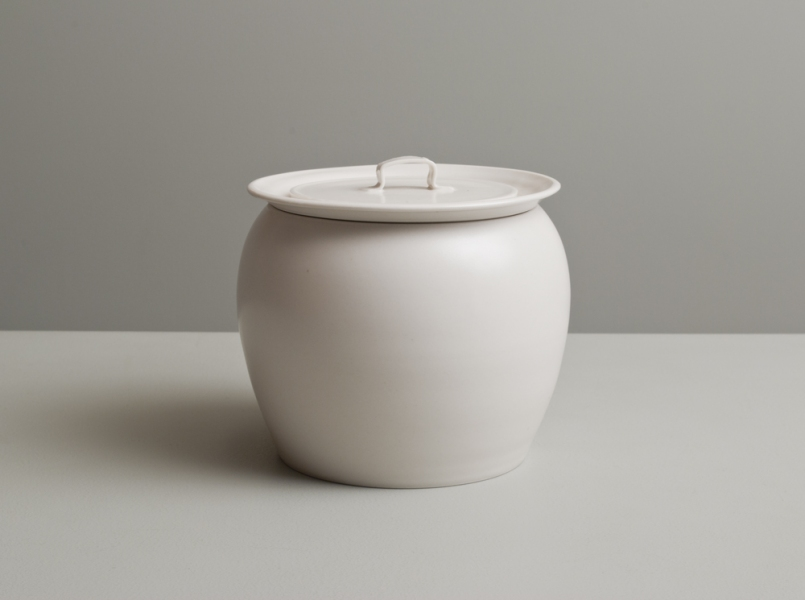 2011 Lidded jar in ivory-white glaze
