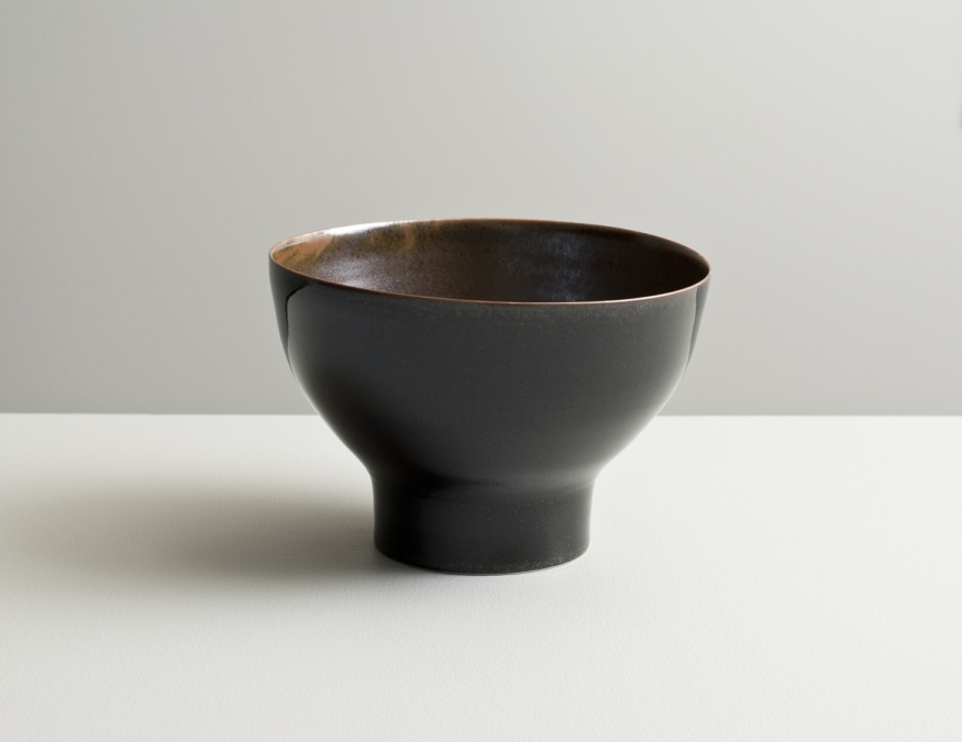 2012 High-footed bowl in variegated-bronze and mirror-black glazes (#121040)