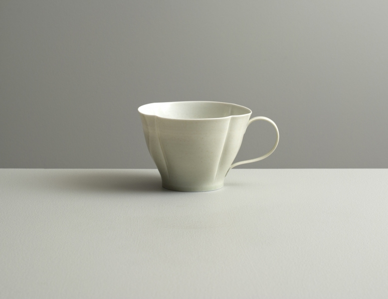 2012 Scalloped cup in ivory and ivory-green glazes (#121050)