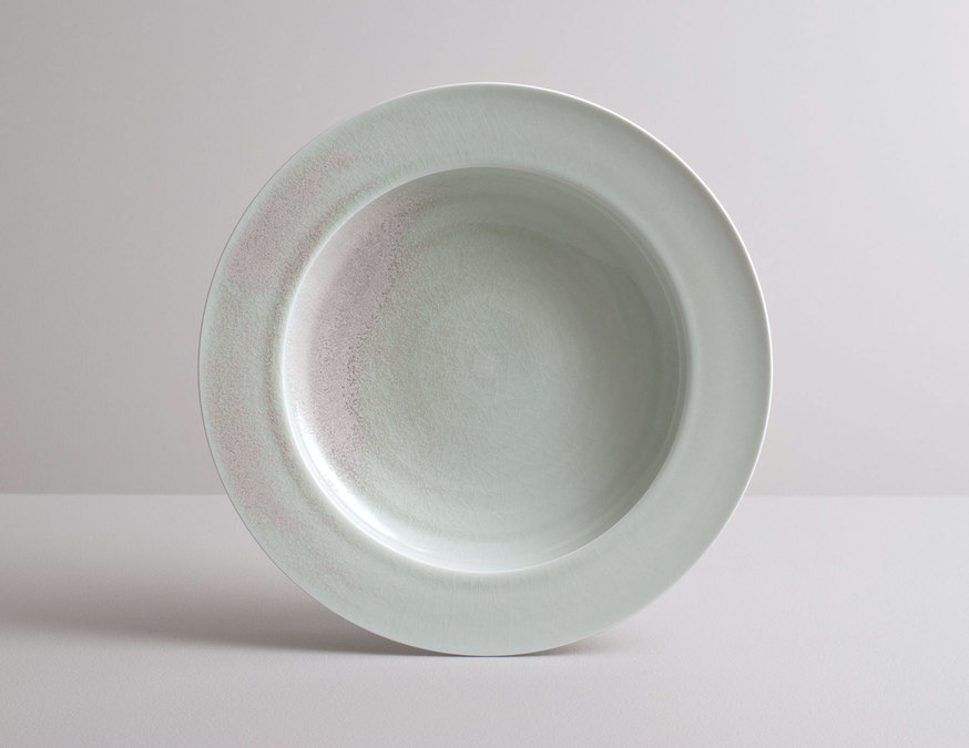 2014 Large plate in variegated celadon glaze (#140321)