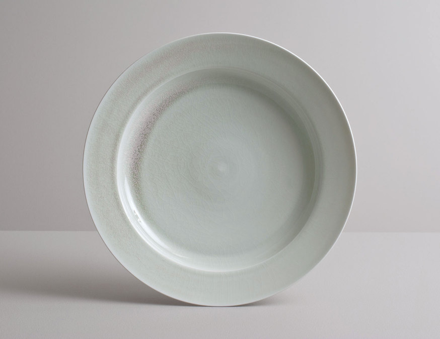 2014 Large plate in variegated celadon glaze (#140340)
