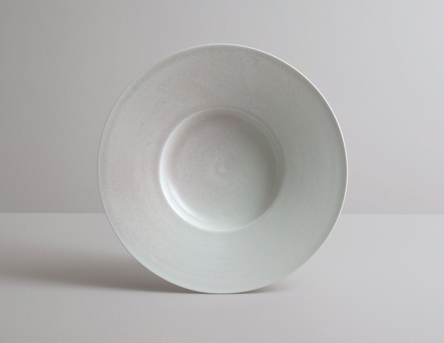2014 Large plate in variegated celadon glaze (#140352)