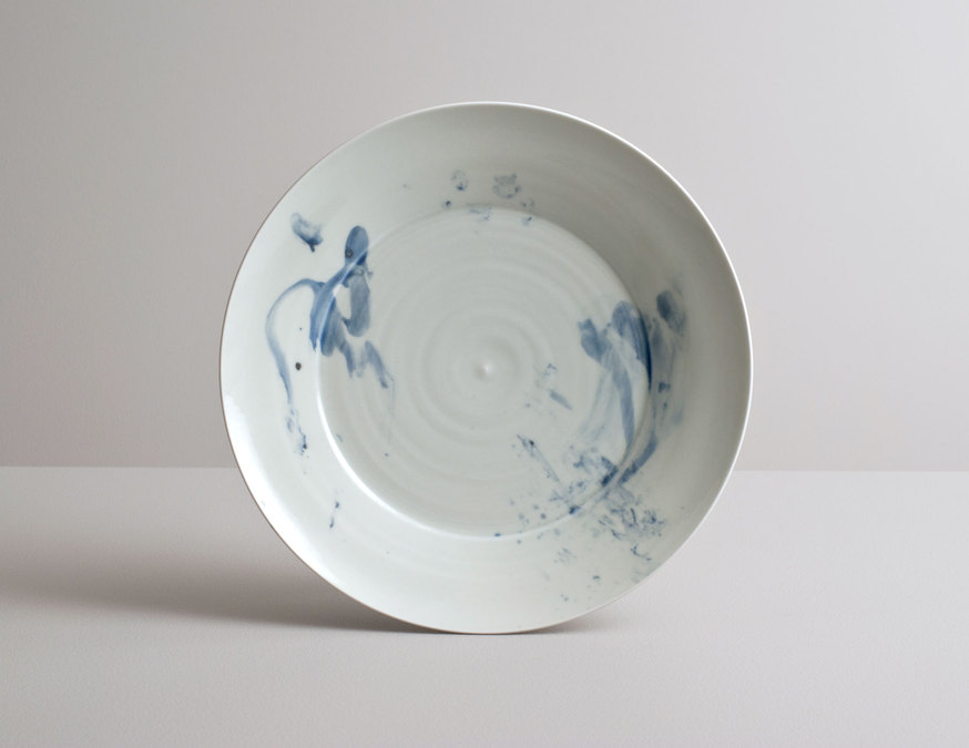 2014 Large plate in pale celadon with cobalt underglaze (#140351)