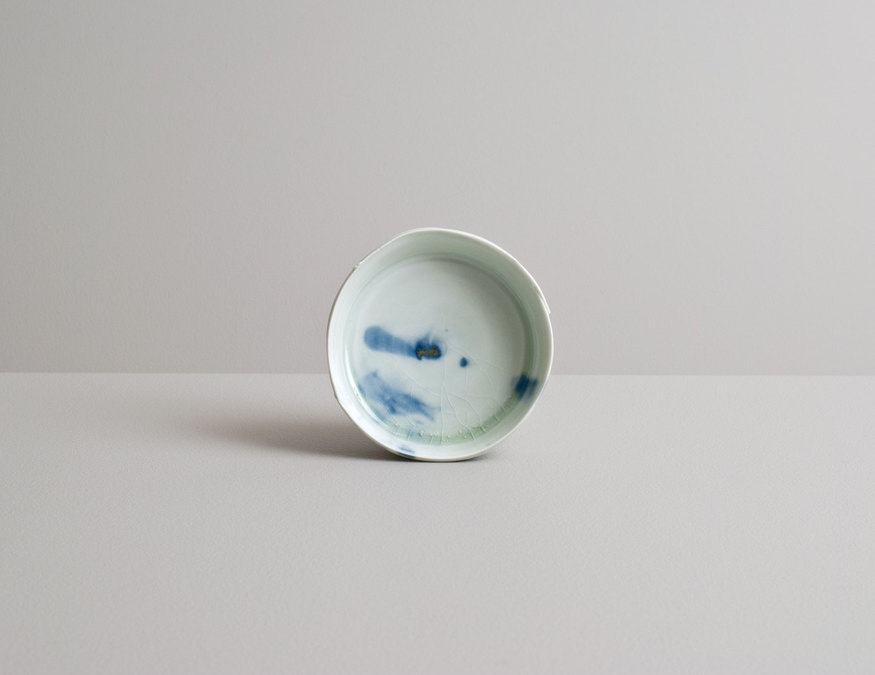 2014 Small plate in celadon with cobalt underglaze (#140333)