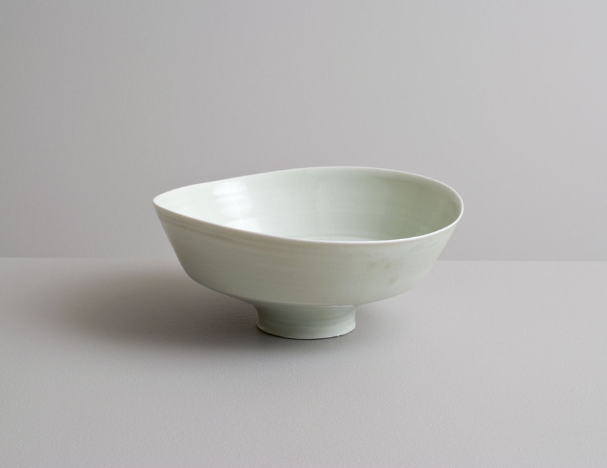 2014 Wavering bowl in celadon with cobalt underglaze banding (#140331)