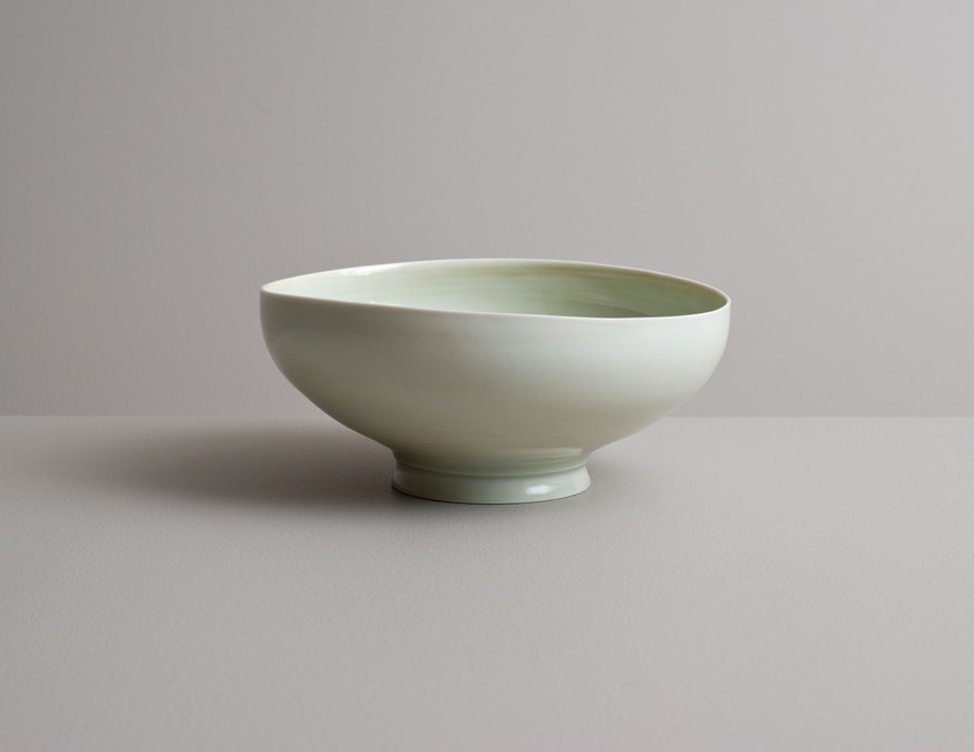 2014 Footed bowl in celadon glazes (#140210)