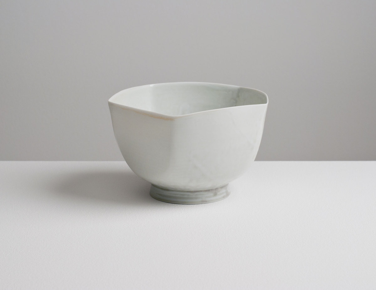 O L E N New Ceramics: 2016 Translucent porcelain