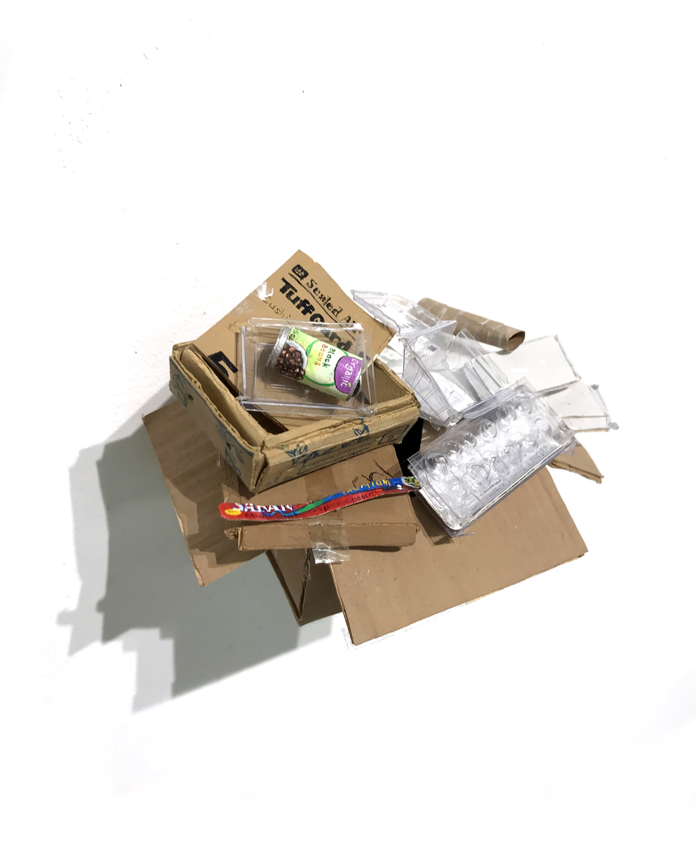 piles, boxes and other containers Box (Recycling)